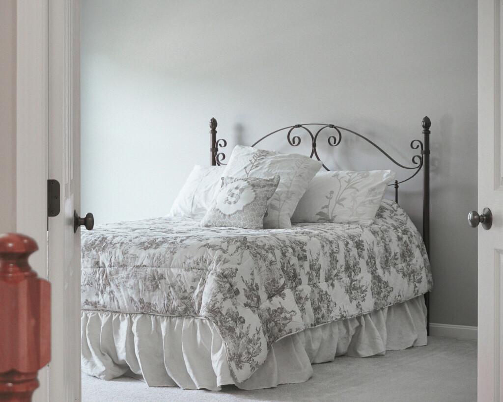 dimensions d un lit double maison travaux