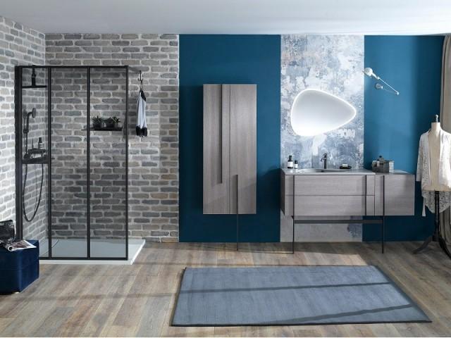 salle de bains du papier peint pour