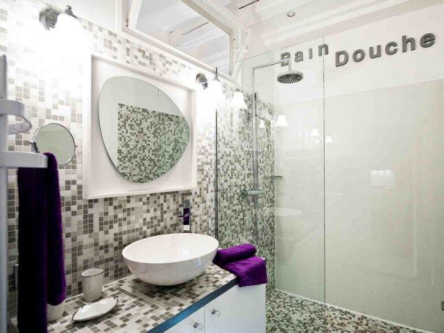 carrelage dans une salle de bains