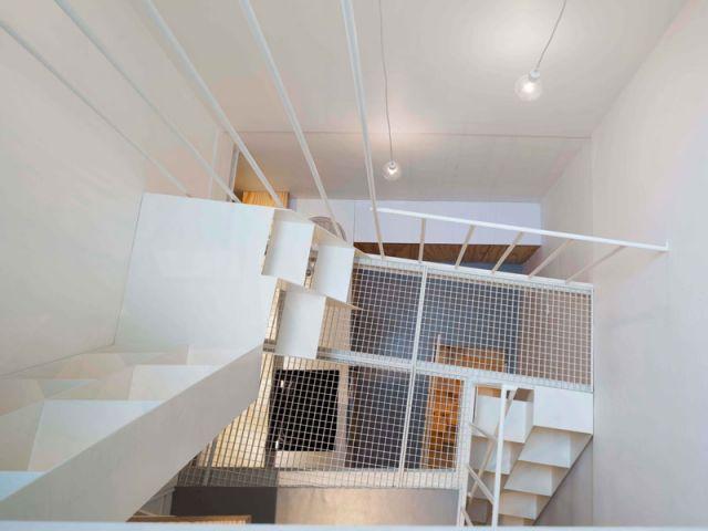 Une Mini Tour De 25 M2 Transforme En Appartement