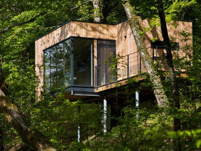Des Cabanes Bois Et Design Plonges Dans La Nature