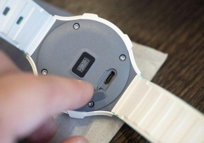 L'Alcatel Onetouch Go Watch, une montre intelligente avec capteur cardio-fréquencentremètre