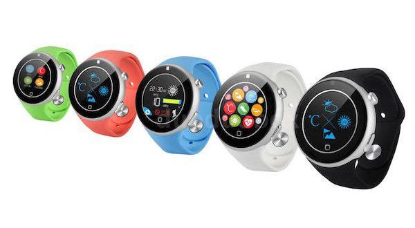 La Aiwatch C5 est disponible en vert, rouge, bleu, blanc et noir