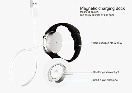 Le rechargement de la montre connectée Aiwatch C5 se réalise avec le chargeur USB magnétique