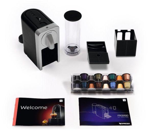 La Nespresso connectée Krups Prodigio YY5100FD Titane avec ses accessoires