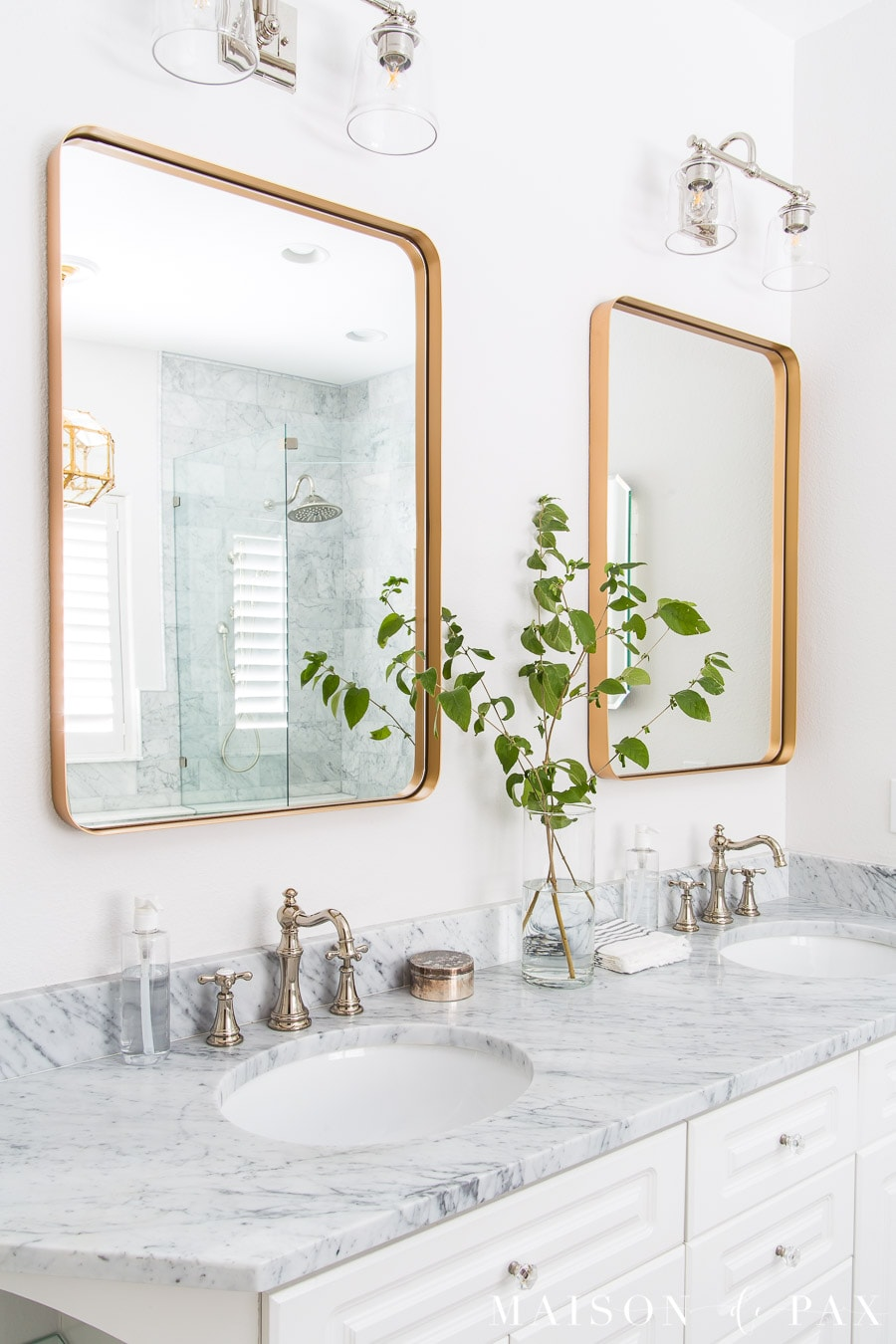 3 mixed metal bathroom design