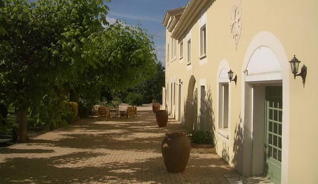 Maison d'hôtes à vendre dans l'Aude – ancien mas viticole