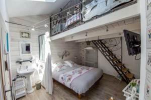 Maison d'hôtes à vendre près du Puy du FOU (chambre 4)