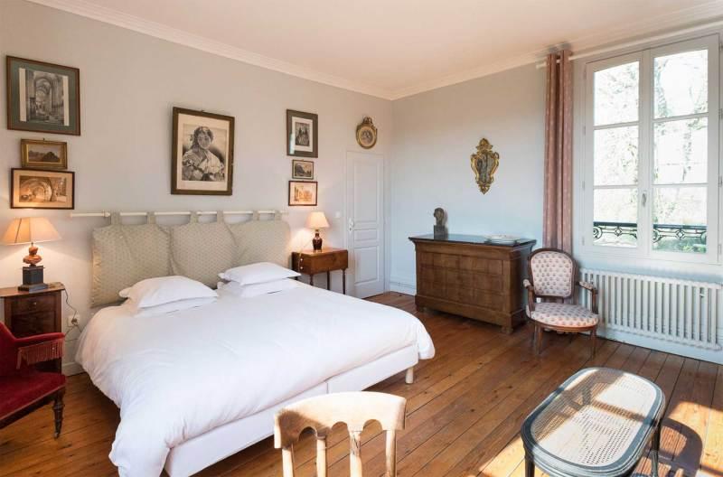 Chambres d'hôtes à vendre à 90 km de Paris, 25 km de l'aéroport de Beauvais