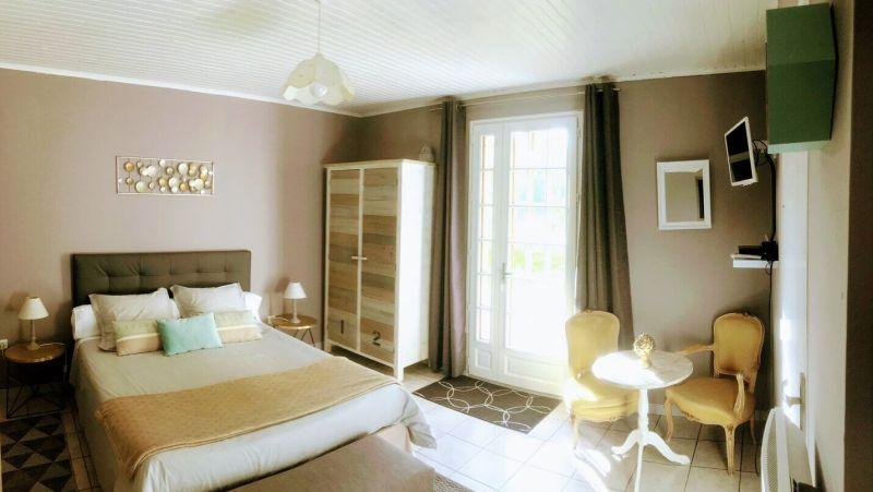 Chambre d'hôtes à vendre en Normandie près de Deauville Trouville (Saint Etienne la Thillaye, Calvados)