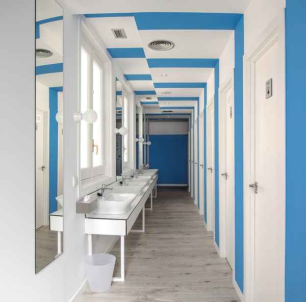 14-u-hostel