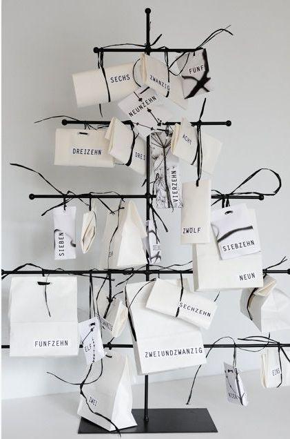 albero-di-natale-bianco-e-nero