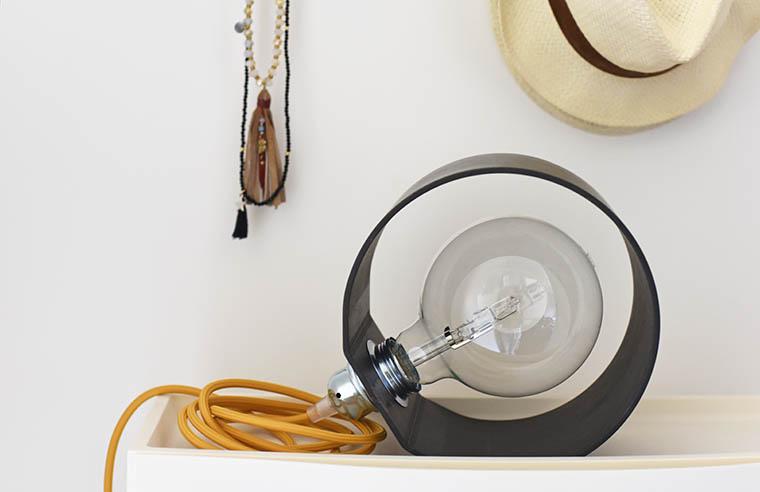 lampada-fatta-a-mano-di-ferro_01