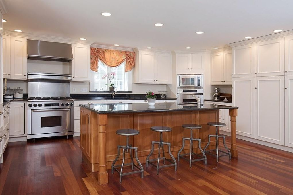 8 Ways To Fix A Home With Low Ceilings Maison Mass