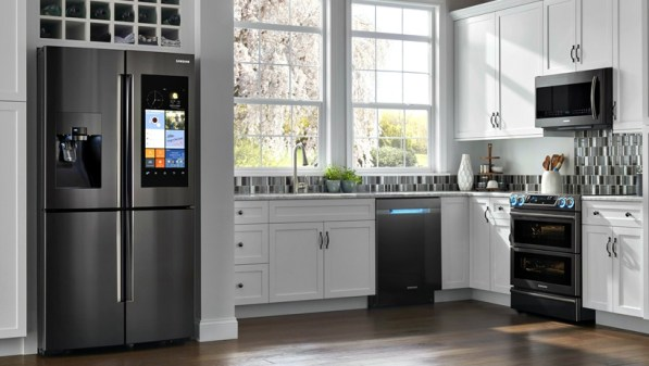 kitchen appliances; smart refrigerator