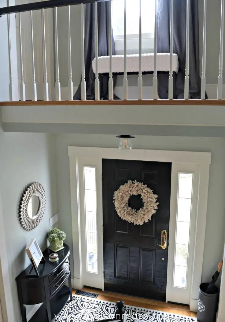 Big Foyer Reveal Balcony