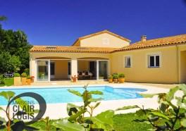 Maison en L, avec terrasse couverte