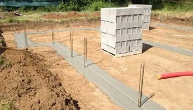 Coulage des fondations d'une maison neuve
