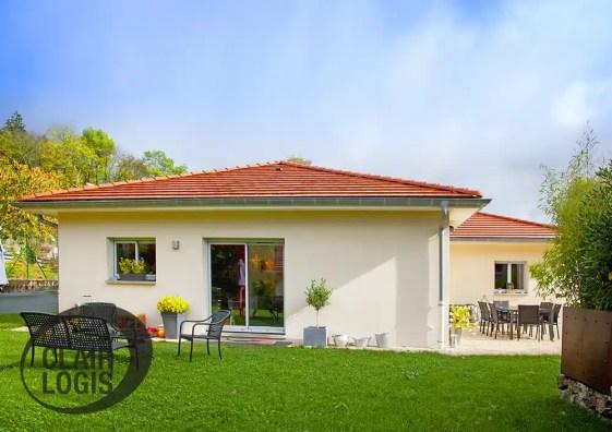 Maison en L construite en Isère
