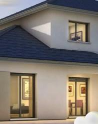 Maison moderne avec baies vitrées