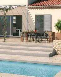 Maison provençale avec terrasse en niveaux