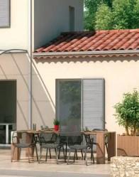 Maison provençale avec volets bois