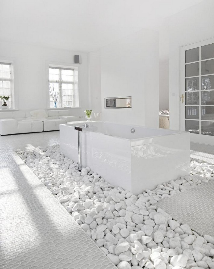 Go white for simple and modern bathroom | Inspiration and ... on White Bathroom Design Ideas  id=20215