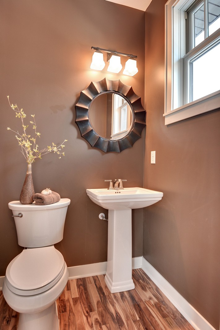 small bathrooms that will blow your mind on Bathroom Ideas Apartment  id=44144