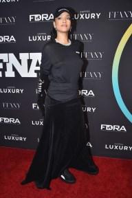 Rihanna em premiação de moda (Foto: Theo Wargo/ Getty Images/ AFP)