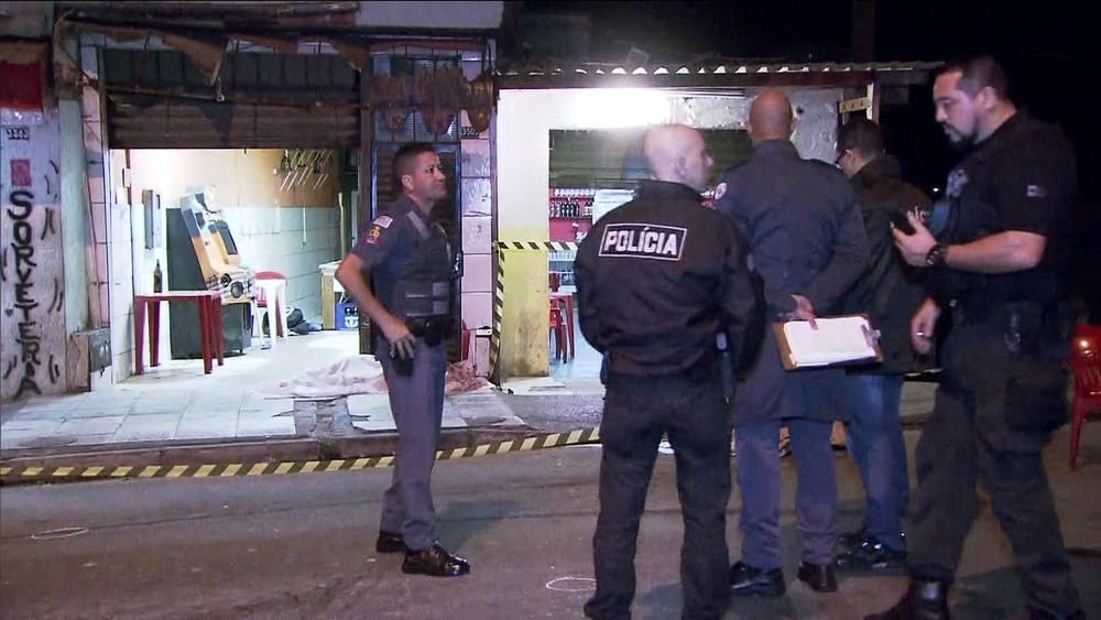 Cinco pessoas morrem e três ficam feridas em chacina em Guarulhos