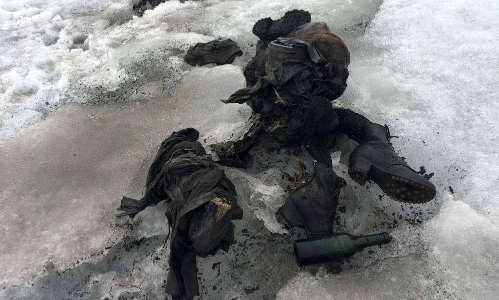 Casal desaparecido há 75 anos encontrado num glaciar nos Alpes