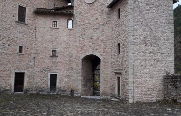 Al rientro tappa al Castello dei Brancaleoni a Piobbico