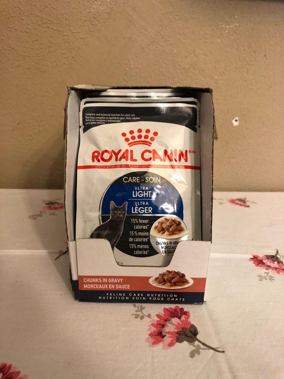 Royal Canin Ultra Light Chunks in Gravy #ChewyInfluencer