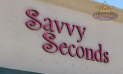 Letter Foam Sign with Aluminum Face for Retail Boutique
