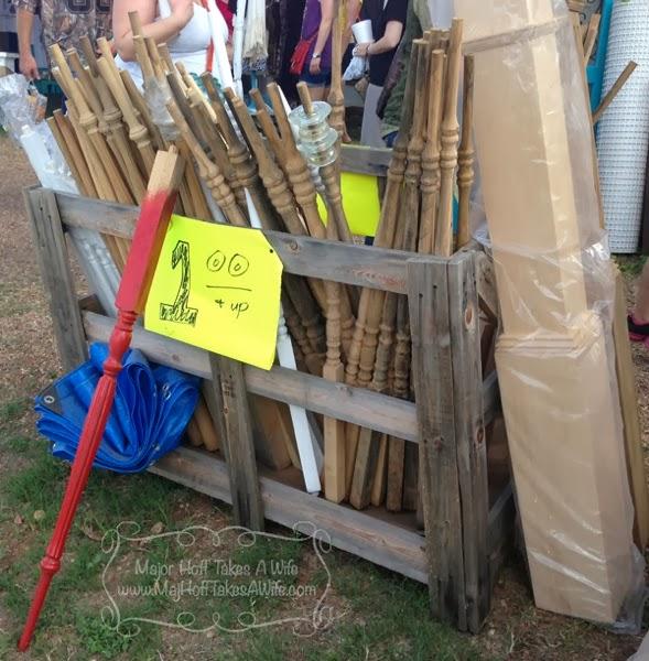 Spindle legs pillars building supplies
