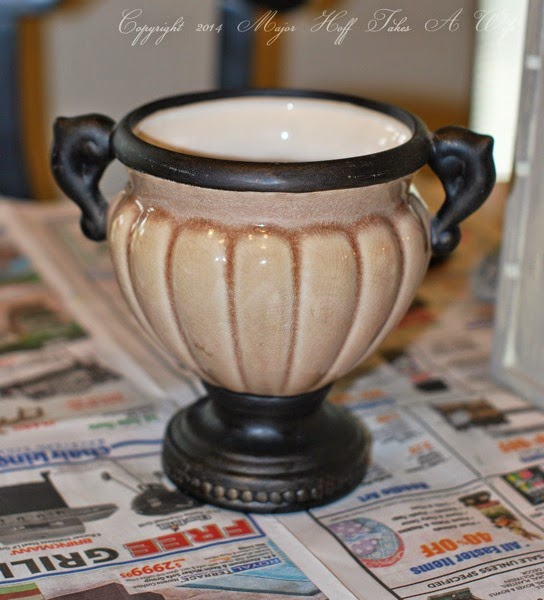 Ceramic Urn fronm thrift store Before picture
