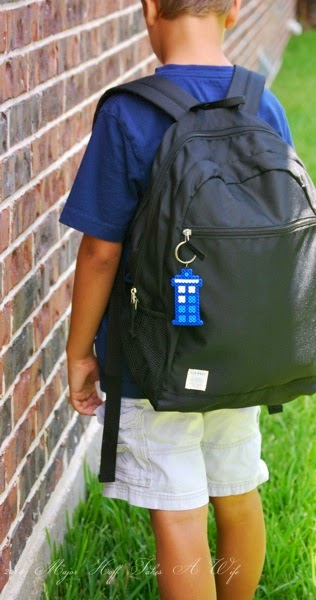 Easy Tardis Backpack keychain