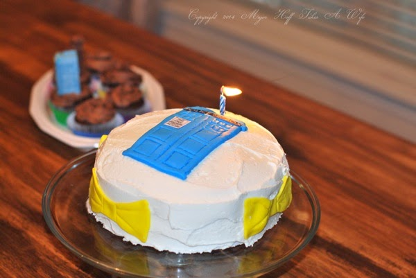Terrific Doctor Who Birthday Cake Make A Tardis Out Of Fondant Major Funny Birthday Cards Online Alyptdamsfinfo
