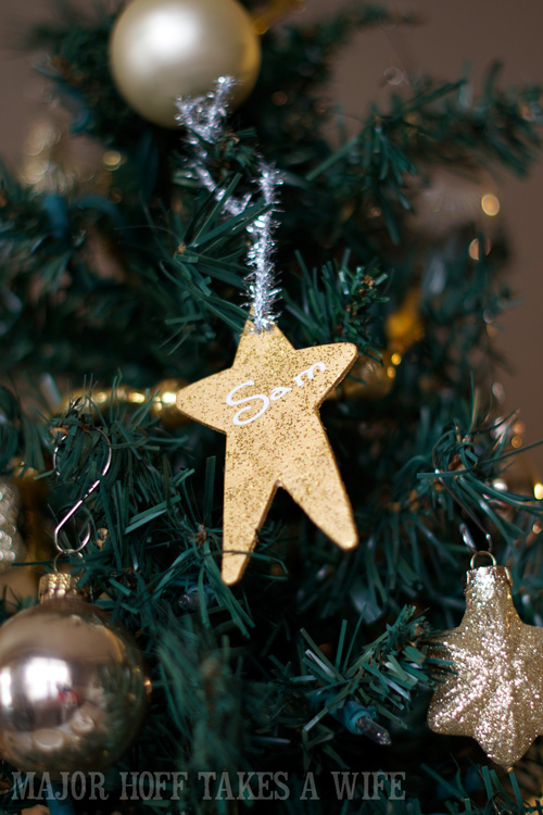 Homemade Christmas Gifts  Personalized homemade Christmas Ornaments. Looking for homemade Christmas gifts? Look no further than these homemade Christmas ornaments. Use them as tree decorations, to grace your holiday table, or for fun tags to gifts! The ideas and endless and your friends and family will love these glittery stars personalized just for them!