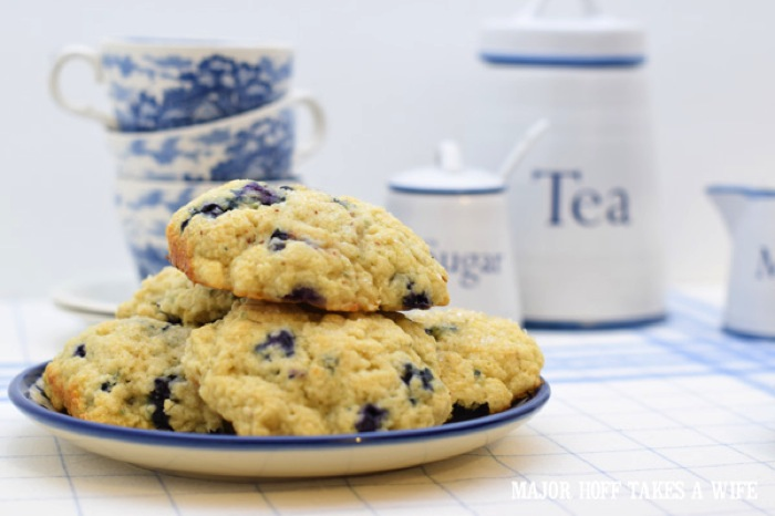 How to make melt in your mouth blueberry scones