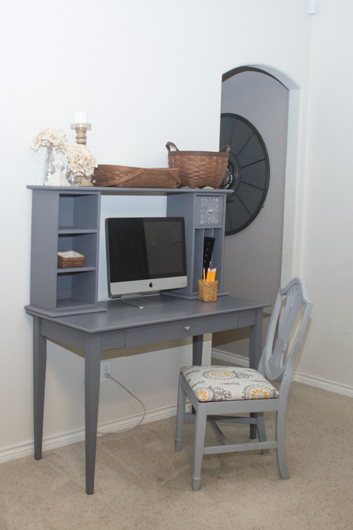 Driftwood desk and chair