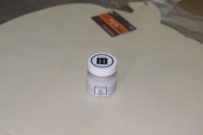 Fusion Mineral Paint sampler pot