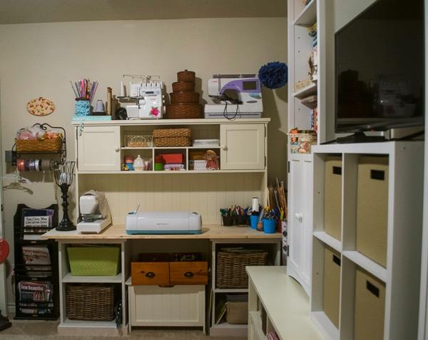 Craft room sewing studio 4