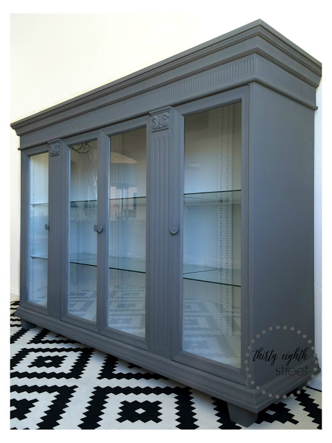 The Nadine Cabinet 0895 F Painted With Pure  Original Classico Paint