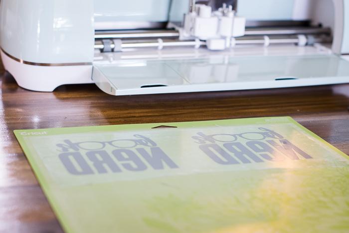 Iron On Vinyl on a Cricut Explore Air 2
