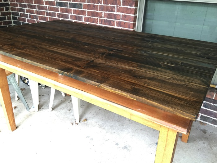 staining a table top