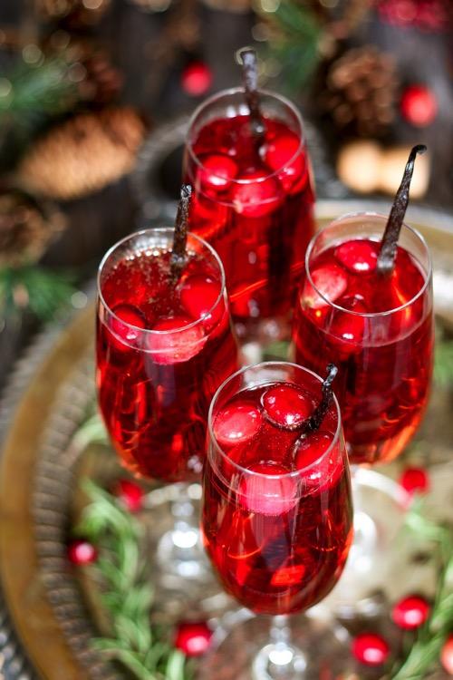 Vanilla cranberry mimosa