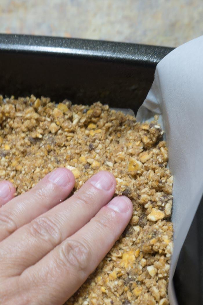 Peanut Butter Pretzel Brownies 7