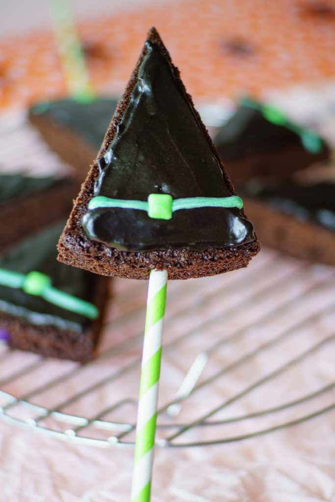 A single witch hat made with brownies on a straw for a fun Halloween treat