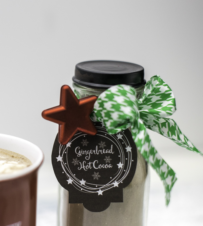 Free printable tags for gingerbread hot cocoa gifts
